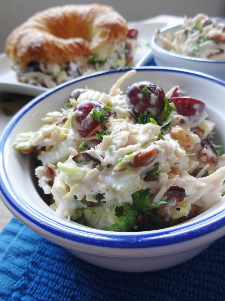 Chicken Salad with Grapes and Cashews